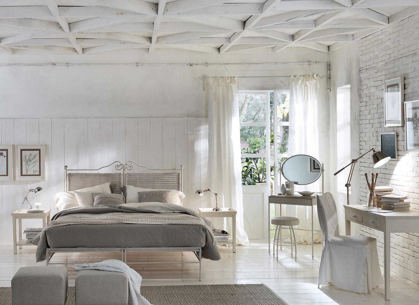 Camere classiche della collezione luxury olto arredamenti for Sereno arredamenti